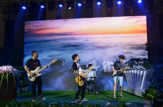 李健、田馥甄、赵雷将助阵南京森林音乐节
