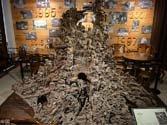 耗时14年 浙江工匠用乌木雕出上下五千年