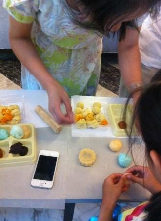 都市喜迎中秋,月饼DIY活动火热上演