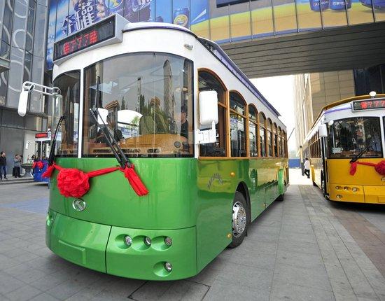 济南人坐公交能微信支付了 下周先上18路车试试