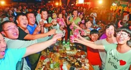 荆门碧桂园龙虾啤酒节火辣来袭!!现场入场券限量抢