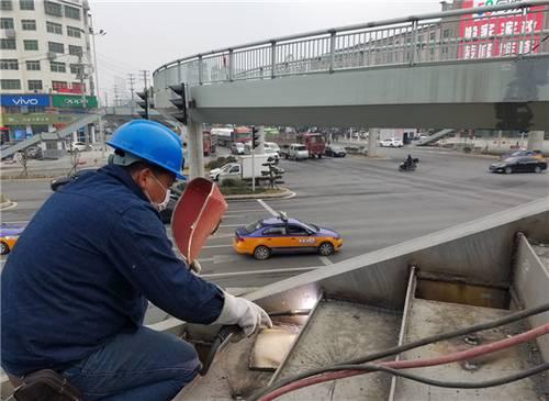 荆门市十里牌、深圳大道天桥25日完工