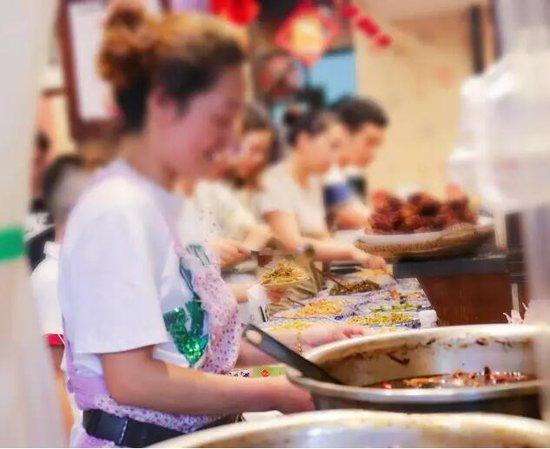 金地江山风华陪着各位吃客一起寻找金华老味道
