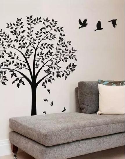 1,创意手绘墙对墙面的要求并不高,但是墙面质量直接影响墙绘的保存时