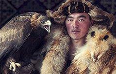 即将消失的世界:探访地球偏远角落的部落民族