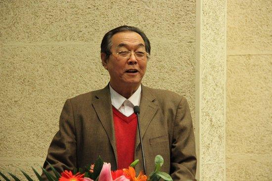 第十三届华人少年作文比赛颁奖胜利召开
