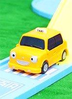 猪佩奇乘tayo出租车回家