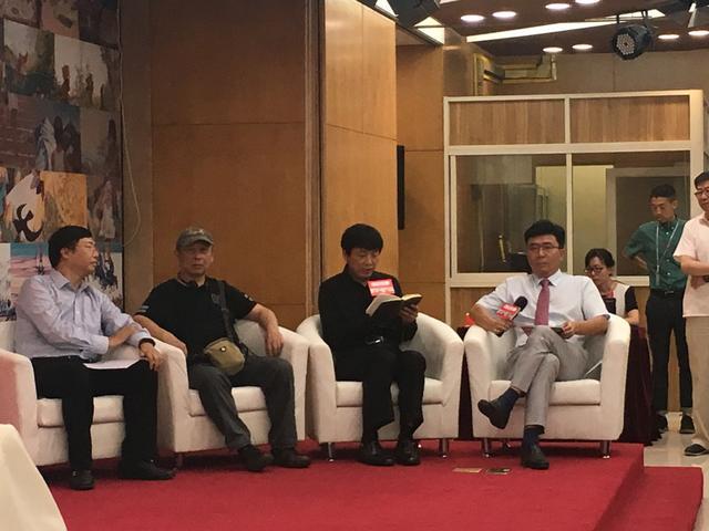 """中少总社举办""""中国原创图画书国际论坛——图画书里的中国"""