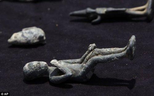 海底发现埃及艳后宫殿(组图)