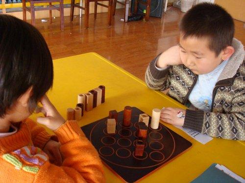 益智小游戏——共性相连