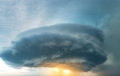 """组图:""""风暴追逐者""""拍摄极端天气"""