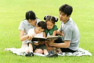 培养幸福成功的孩子 父母不仅需要爱还需要智慧