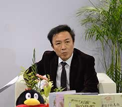 组图:CCBF国际童书展 长江少儿出版社李兵接受访谈