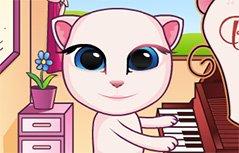 安吉拉宝贝弹钢琴
