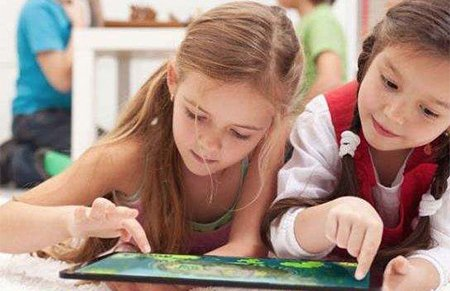 你会阻止孩子和成绩差的同学交朋友吗?