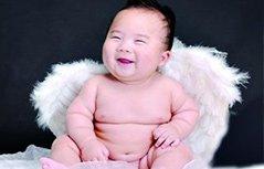 米其林宝宝一笑啥烦恼都没有