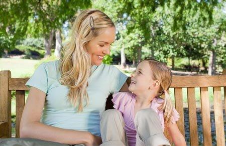 """压岁钱被""""充公""""凑房款 女儿不高兴坚持要妈妈道歉"""
