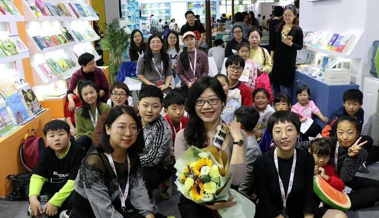 《大猫老师的绘本作文课·四年级》新书发布会在上海童书展火爆开展
