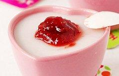 草莓豆腐奶
