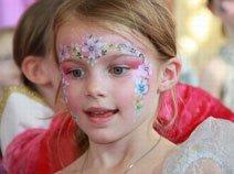 小公主面部彩绘秀