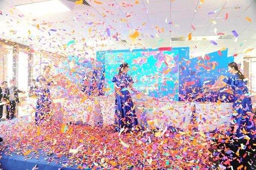 """七彩云南·古滇名城 """"雲上""""签约仪式暨样板园区开放盛典优雅落幕!"""
