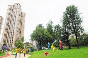 """昆明""""口袋公园""""带来的生活改变 市民出门可享绿"""