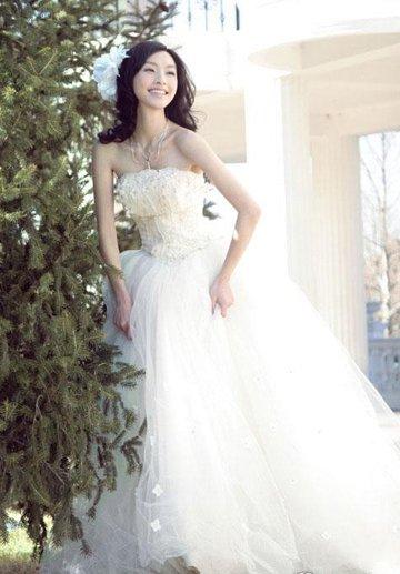 亚梦穿婚纱是第几集_芭比婚纱