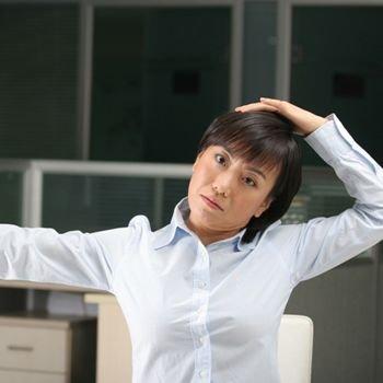 办公室瑜伽16招OL坐着变瘦