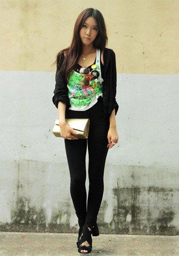 韩国女人最爱 纯色针织衫应季搭配必备(图3)