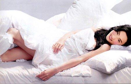 女人在床上不可做的5件事!