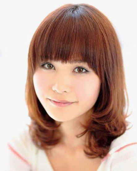 今年最流行的发型——知性系内卷发-挡不住的甜美小脸流行发型