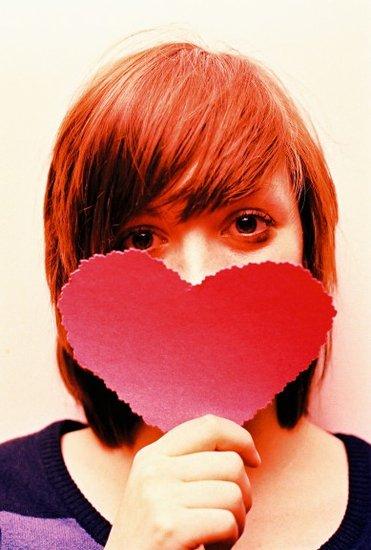 女生表白日爱就孤独说出来女生勇敢qqv女生图片