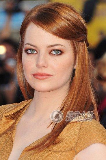 想知道图片中这个外国女演员叫什么名字图片