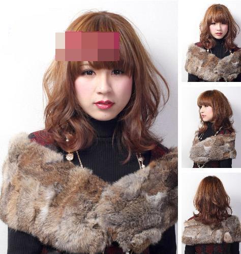 发型点评:潮味十足的时尚大卷发中长发,质量感十足的发丝,丰盈多变的图片