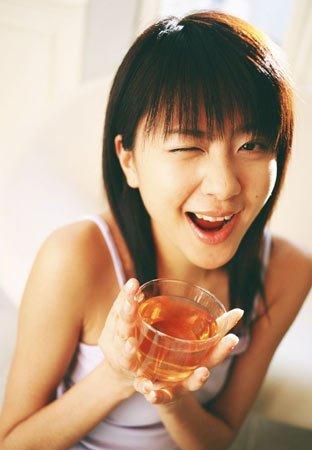 DIY荷叶山楂蜂蜜减肥茶 好身材也有好味道