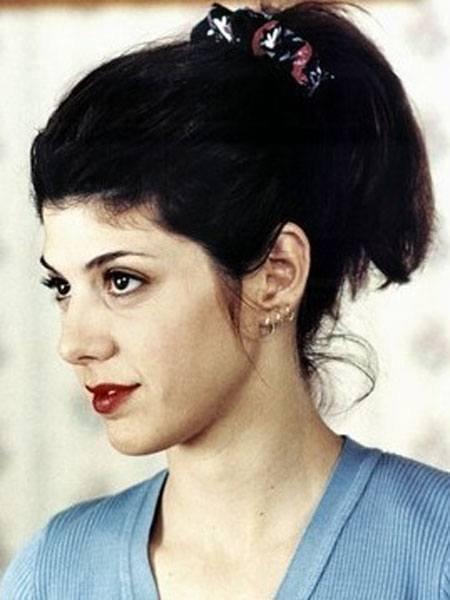 点缀一个发饰,青春活力无限的美女有着坚强的意志力.-盘点历史上图片