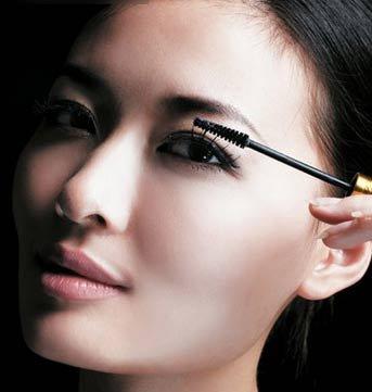 立体3D炫彩眼拯救扁平脸(图)