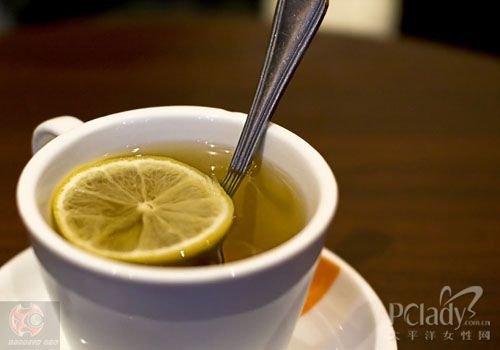 女人喝茶有讲究 喝对时间更养生