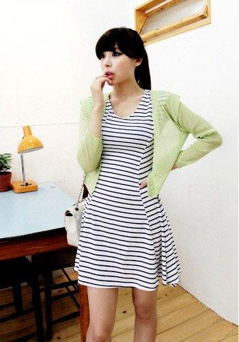韩国女人最爱 纯色针织衫应季搭配必备(图5)