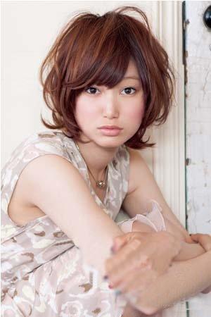 巧妙刘海方脸女生也能短发图片