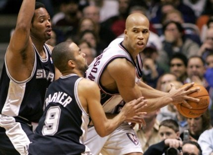 [NBA]杰弗森落户马刺 全明星四人组闪耀西部