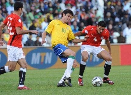 [联合会杯]巴西逆转问鼎 卡卡收获金球奖