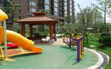 蓝天华侨城小区儿童游乐设施