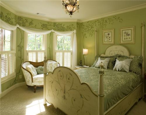 八角窗卧室装修效果图 有八角窗的卧室如何装修