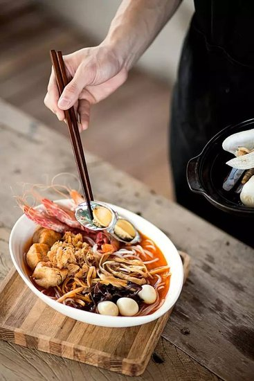华润:柳州吃货市集暨2015柳州螺蛳粉美食节 _