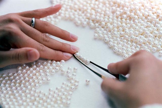 写好珠宝软文范例需要注意三个方面