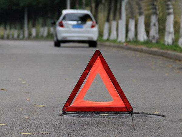 车内配置讲堂:原来三角警示牌是这么用