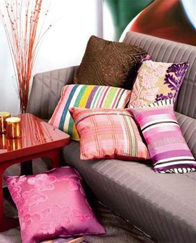 布艺靠垫的大作用_营造7种创意家居空间