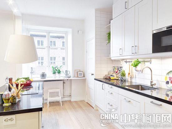 现代(现代装修效果图)时尚的橱柜能成为9平米厨房的最佳装点,以下三款
