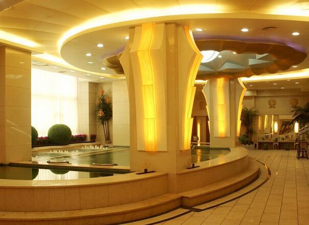 大连一洗浴中心用易燃材料搭建宿舍 被罚两万元
